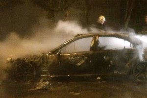 Во Львове пылал Mercedes-Benz