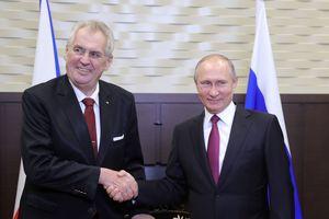 Новый президент Чехии: эпатажный симпатик Кремля или проевропейский либерал