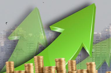Украинская экономика растет в два раза медленнее, чем мировая