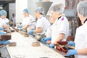 У каждого человека на Земле есть свой торт, или один день из жизни кондитерской фабрики