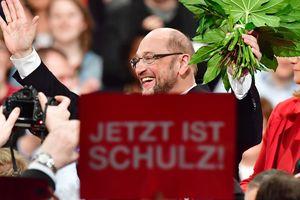Руководство социал-демократов официально одобрило соглашение о коалиции с Меркель