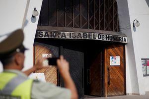 В Чили возле церквей взорвали бомбы перед визитом папы римского
