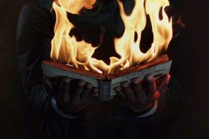 """В сети появился первый тизер фильма """"451 градус по Фаренгейту"""""""