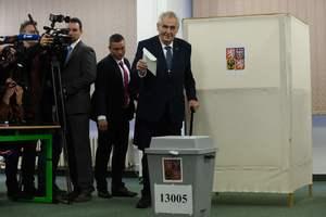 Пророссийский кандидат Земан лидирует на выборах президента Чехии