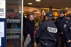 Пьяные пассажиры разгромили поезд во Франции: арестованы 29 человек