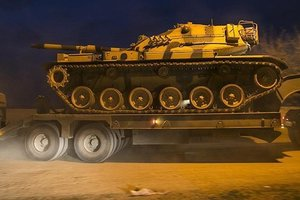 Турция направила танки на границу с Сирией
