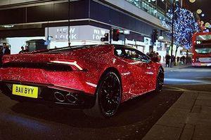 Гламурный Lamborghini русской студентки потряс Лондон