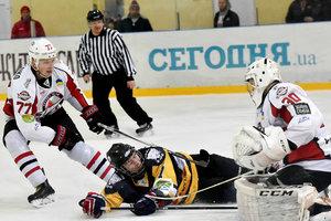 Стали известны лучшие хоккеисты месяца в чемпионате Украины