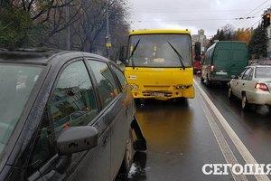 У Києві знову подорожчають маршрутки