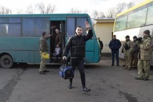 Обмен пленными на Донбассе: Лутковская рассказала, кого передали боевикам