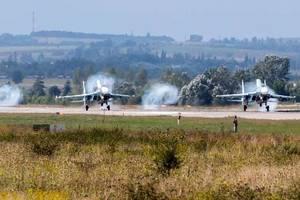 В России перекрывают трассу у границы с Украиной для посадки боевых самолетов