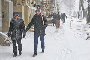 Первый снег парализовал юг Украины