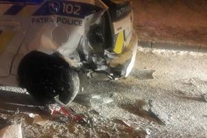 Во Львове иномарка протаранила авто патрульных