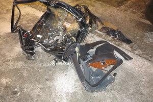 Подробности смертельной аварии в Киеве: тело пассажира доставали из авто спасатели