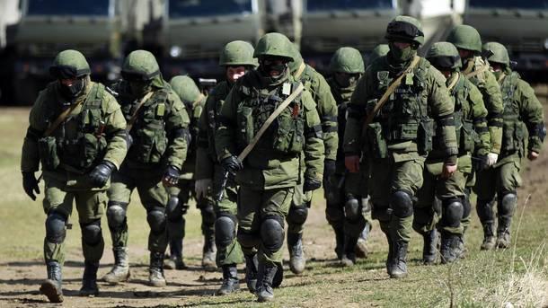 """""""Зеленые человечки"""" в Крыму. Фото: AFP"""