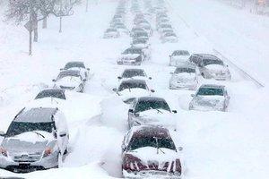 Украина в снежном плену, на дорогах коллапсы: что происходит в регионах страны