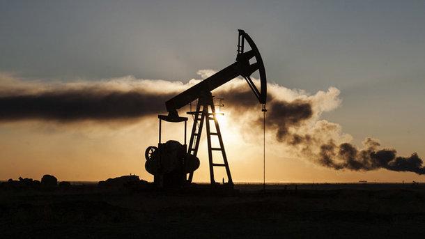 Нефть упала вцене наданных оросте добычи вСША