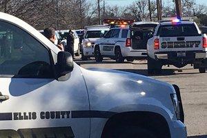В Техасе подросток открыл стрельбу в школьной столовой