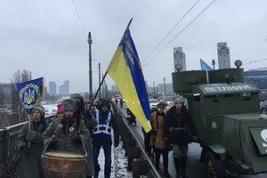 """На дорогах Киева заметили уникальный броневик """"Атаман Петлюра"""""""
