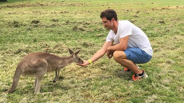 Зверев теннис променял на кенгуру