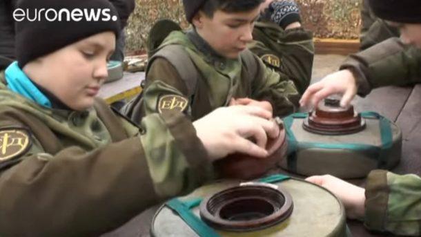 Как «патриотически воспитывают» детей вКрыму