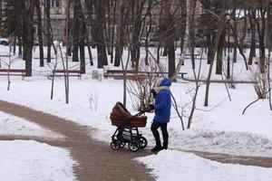 """Под Харьковом """"уставшая"""" мать бросила ребенка на морозе"""