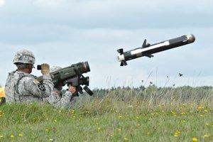 Объемы поставок Javelin небольшие по сравнению с количеством танков РФ – Волкер