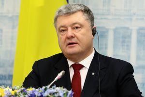Порошенко объяснил, когда ждать миротворцев на Донбассе