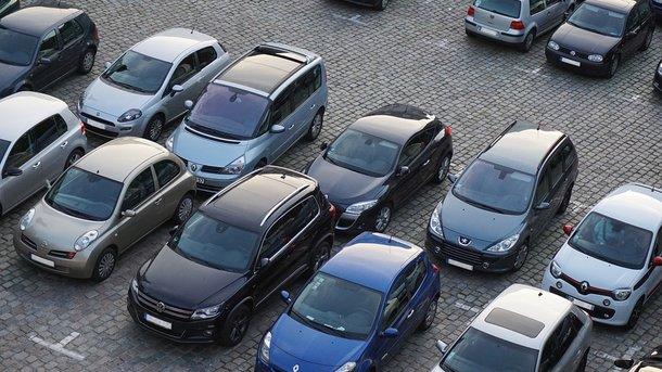 Неправильно припаркованные автомобили смогут эвакуировать. Фото: Рixabay