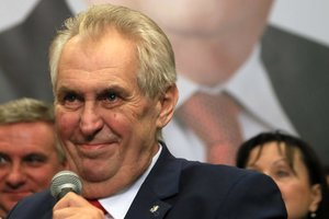 Грабли - это святое: соцсети в шоке от результата выборов в Чехии