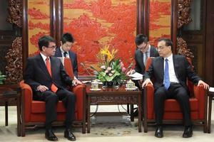 Япония призвала Китай вместе решить вопрос КНДР