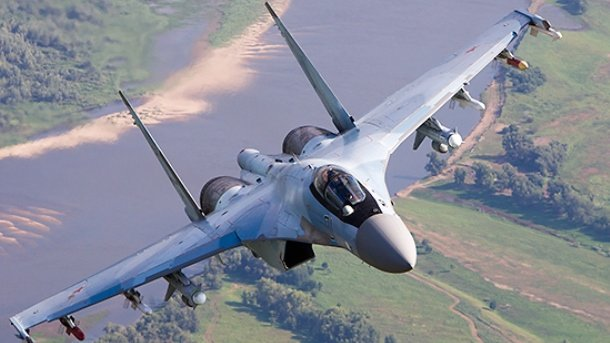 Пентагон опубликовал ещё пять видео перехвата Су-27 самолёта-разведчика США