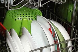 В сети опубликован секрет по быстрой мойке посуды