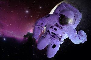 Астронавтов в космосе планируют лечить нанороботами
