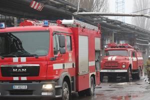 Непогода в Украине: без света остались 43 населенных пункта в шести областях