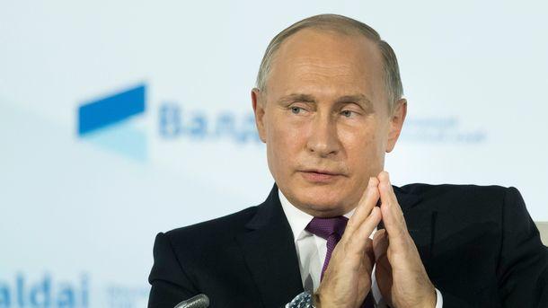 Путин присвоил почетные наименования двум авиаполкам и бригаде морпехов