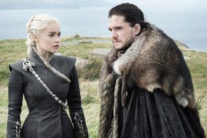 """Сеть поразило видео со съемок """"Игры престолов"""": фанаты создают свои теории сюжета"""