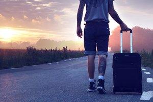 Украинцы стали больше путешествовать: куда чаще всего ездят по безвизу и не только