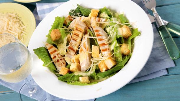 Зимний салат с курицей рецепт
