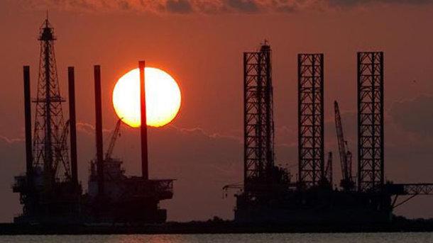 Нефть марки Brent обрушилась уже ниже $63 забаррель