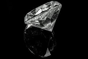 """Израиль выпустит """"алмазную"""" криптовалюту"""