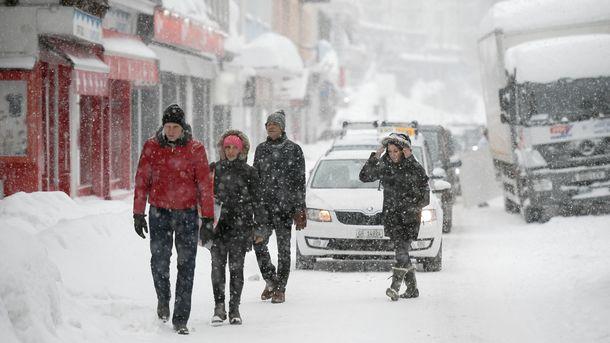 Непогода обесточила 152 населенных пункта в 5-ти областях государства Украины