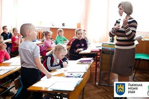 In Lviv, hundreds of children fell ill with measles and the flu: schools to continue their studies