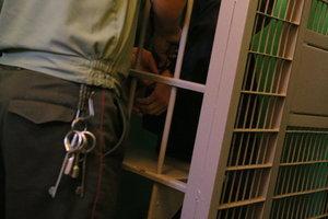 Запорожские копы задержали уголовника, напавшего на 16-летнюю девушку