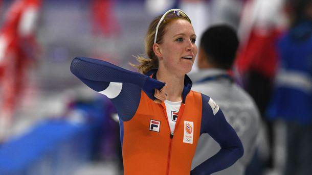 Голландская конькобежка Ахтеректе завоевала золото Олимпийских игр надистанции 3000м