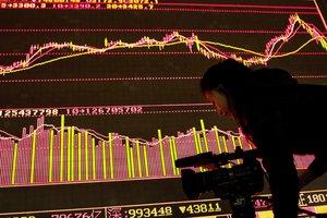 Фондовые рынки лихорадит: после падения американские индексы показали стремительный рост