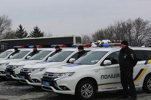 В Киеве 35 полицейских присягнули на верность