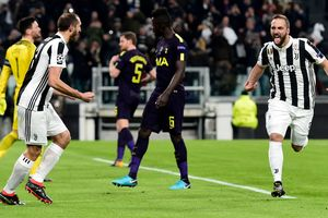 The bright pictures dramatic match in Turin: Juventus have not kept a victory in a match with