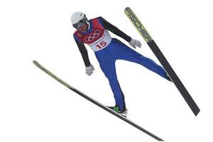 Украинский двоеборец пролетел почти 90 метров на Олимпиаде-2018
