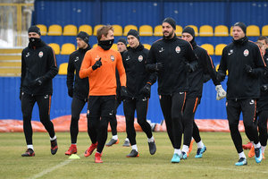 Good morning from Dodo and the first open training session of Shakhtar in 2018